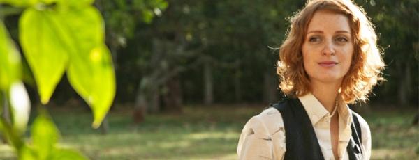 Laila Zaid, no papel de Aninha - melhor amiga de Renato Russo. Para mim, a história de amizade dos dois é o que faz o filme valer a pena.